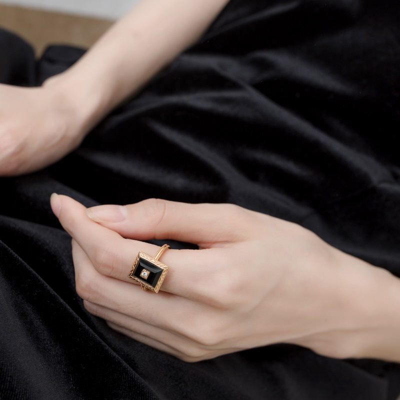 Vintage onyx sterling silver ring