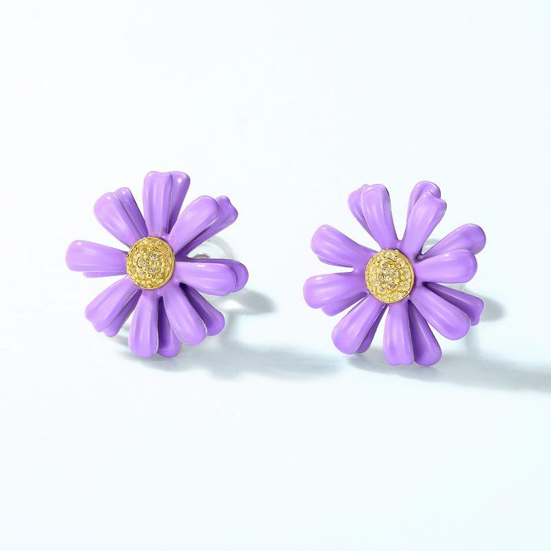 Purple daisy sterling silver stud earrings