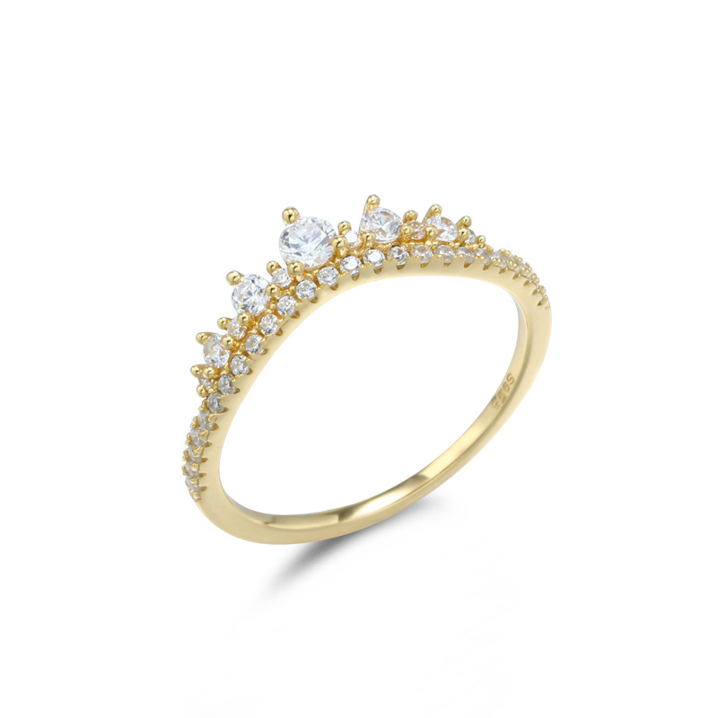 Crown style white zircon sterling silver ring