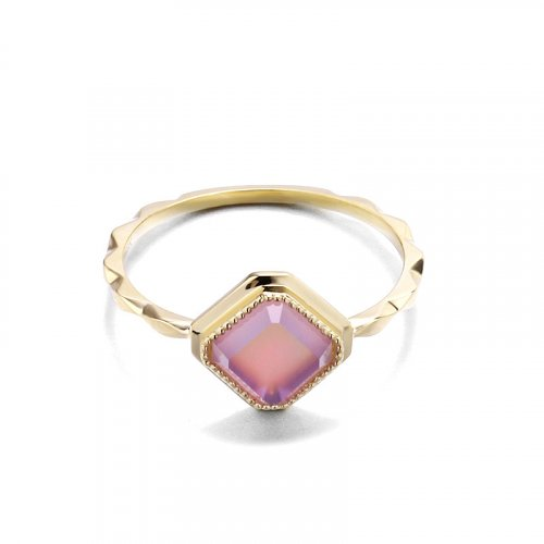 Elegant amethyst sterling silver ring in 14K gold vermeil