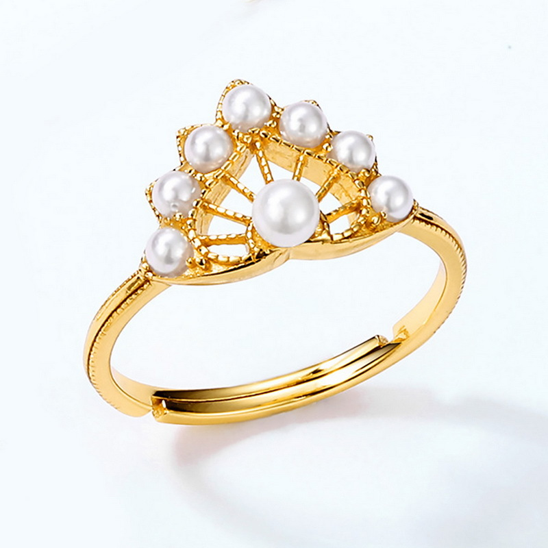Vintage style silver white pearl ring
