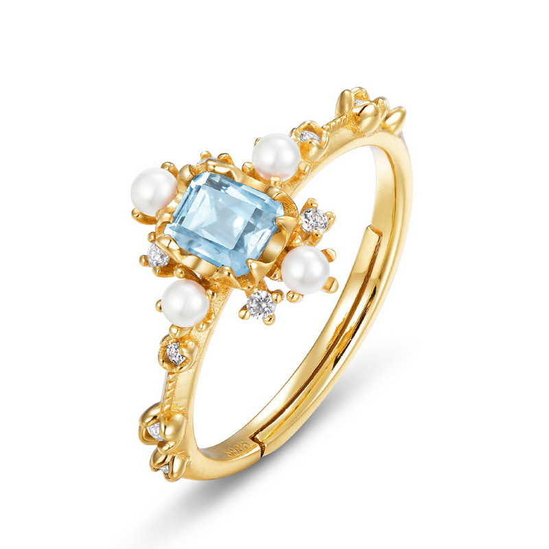 Natural topaz snowflake sterling silver ring in 9K gold vermeil