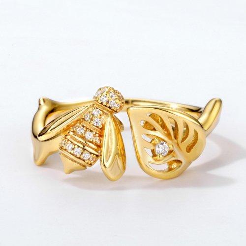 Lovely bee sterling silver open ring in 9K gold vermeil