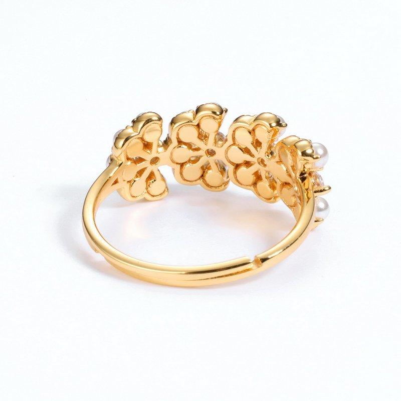 Pearl & red corundum petal shape silver ring in 9K gold vermeil